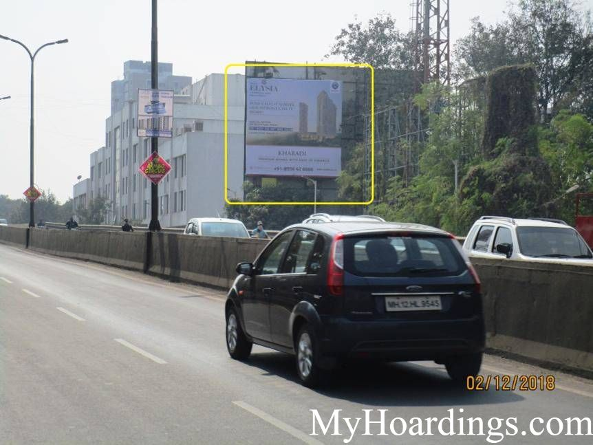 Unipole Advertising Agency Magarpatta Near Noble Hospital in Pune, Pune Billboard advertising