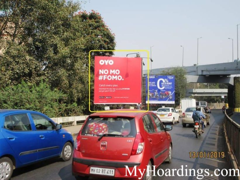 Outdoor advertising in India, Sancheti Chowk in Pune Billboard Advertising, Flex Banner