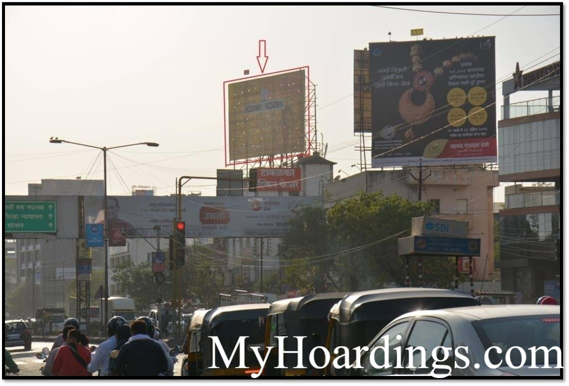 Hoardings Agency Takalkar Hospital Akashwani Chowk in Aurangabad, Outdoor Media Agency Aurangabad