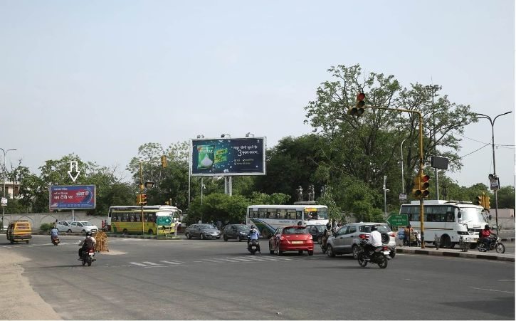 Unipoles at Banipark Panipach|Jaipur Outdoor Media, Outdoor Hoardings in India