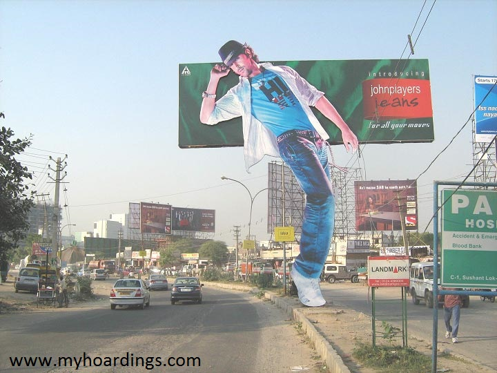 Innovative OOH Ads,Out of home Advertising,Outdoor Ads